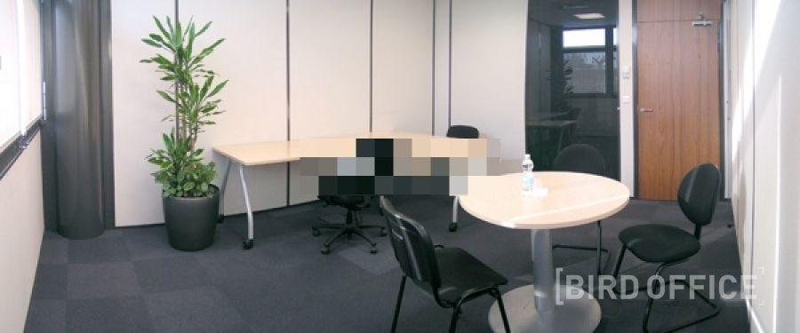 location d 39 un bureau tout quip aux portes sud de vienne. Black Bedroom Furniture Sets. Home Design Ideas