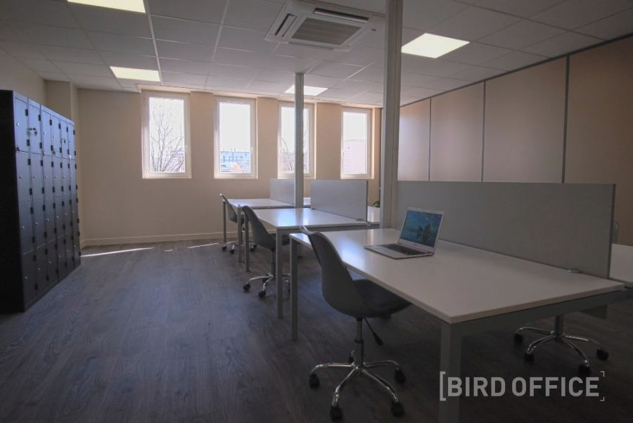 Rent an individual office in a coworking area in the 7th arrondissement